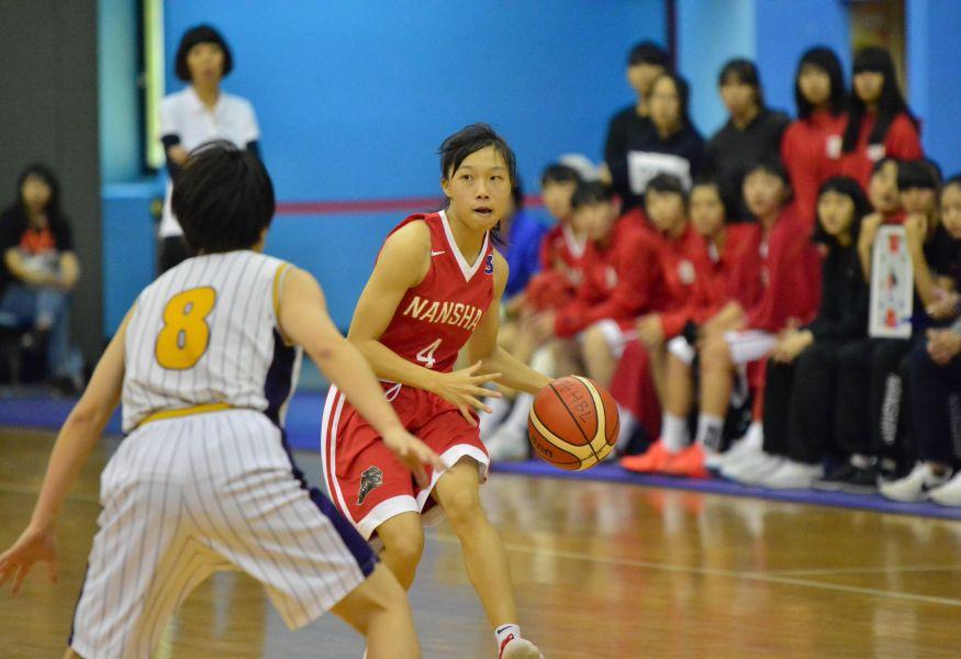南山後衛楊秀琴的另類球風很受日本隊歡迎。