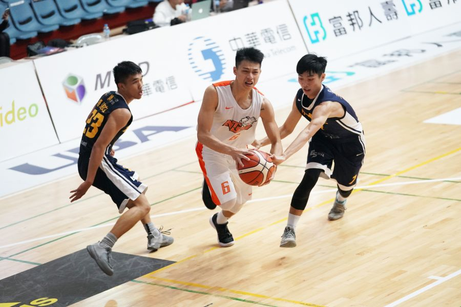 國體大陳昱瑞攻下第四節追平8分及延長賽逆襲5分。