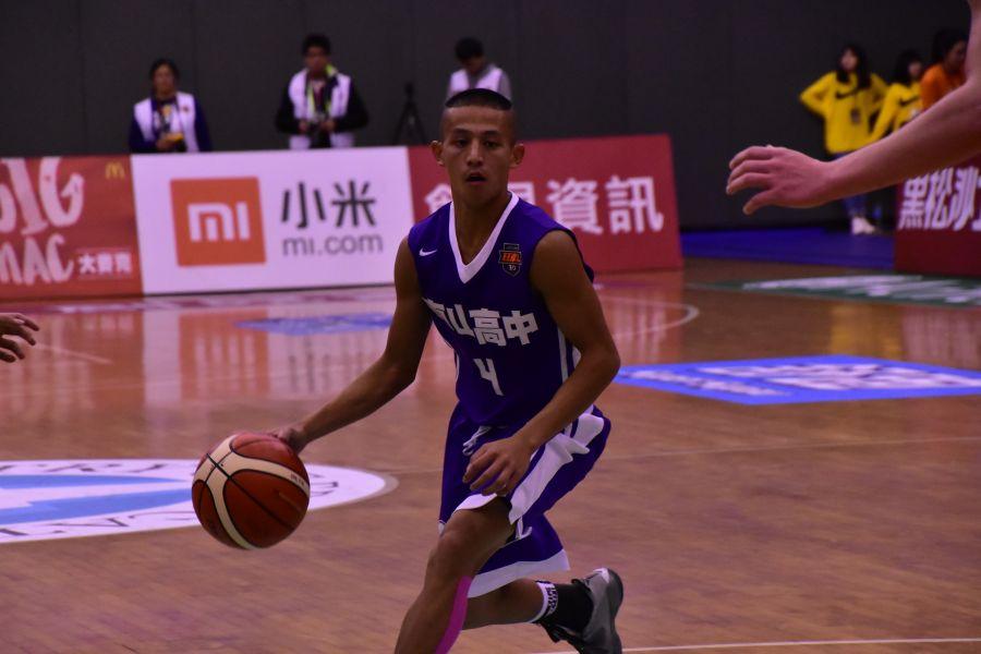 東山劉承彥 三分球5投中2得13分。