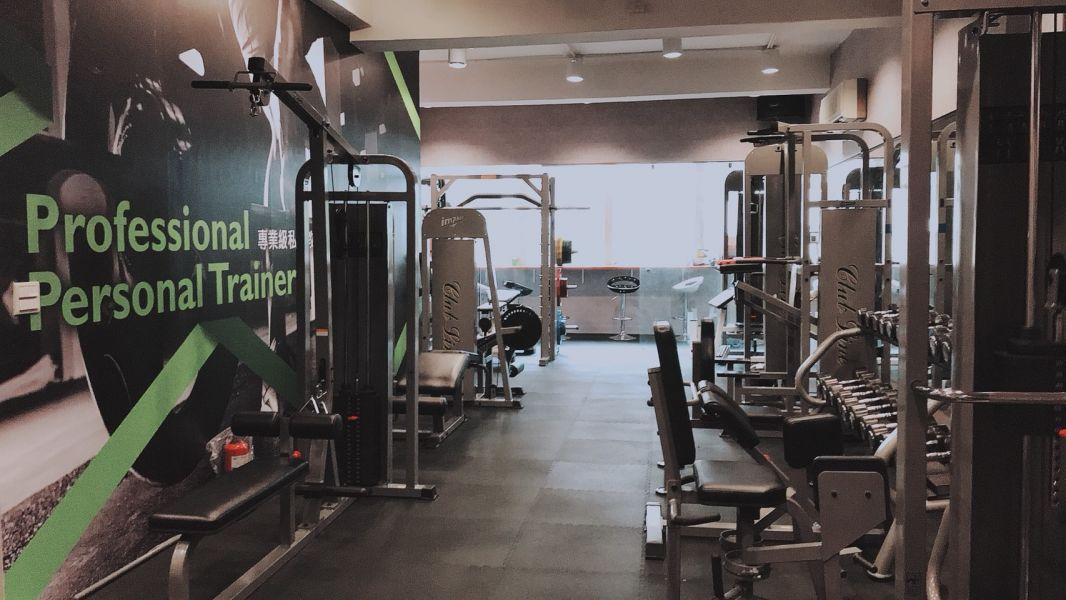 神龍健身工坊的進階訓練教室。