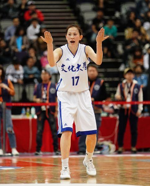 繼以些微差距錯過得分后後文化黃鈴娟再與冠軍賽MVP失之交臂。