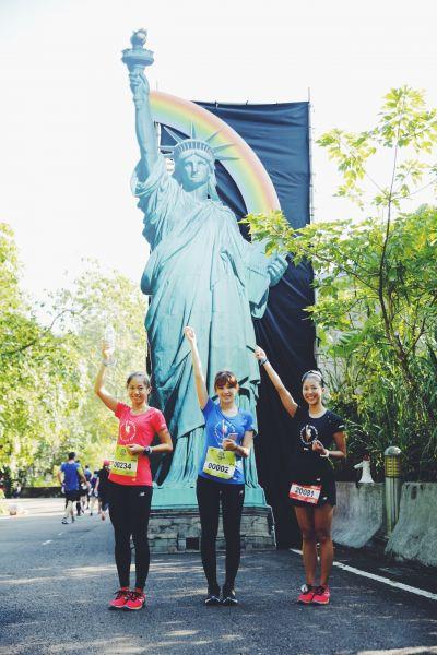 跑者透過路跑享受充滿歷史性的城市巡禮,並近距離一睹「自由女神」風采。圖/主辦單位提供