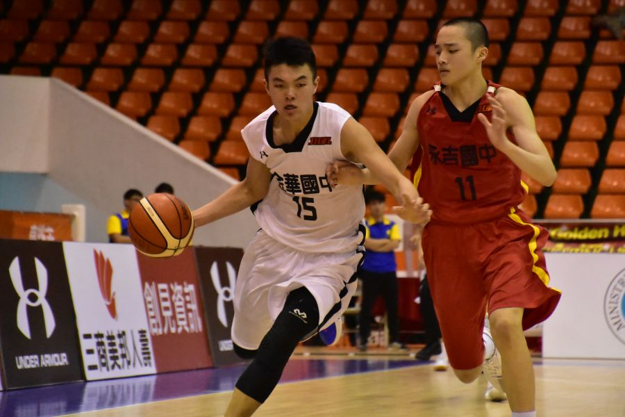 金華林宇謙12分10籃板雙十。