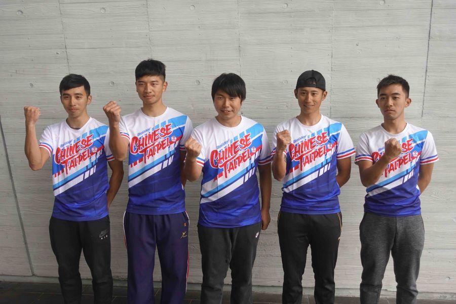 2018環台賽陣容集結,左起盧紹軒、陳建良、教練黃晉隆、馮俊凱、王景徽。