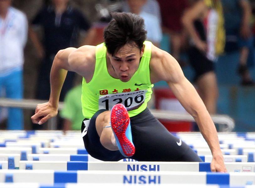 陳奎儒再破全國紀錄,成為我國首位在百十跨欄跑進13秒半內選手。資料照片 林嘉欣/攝影。