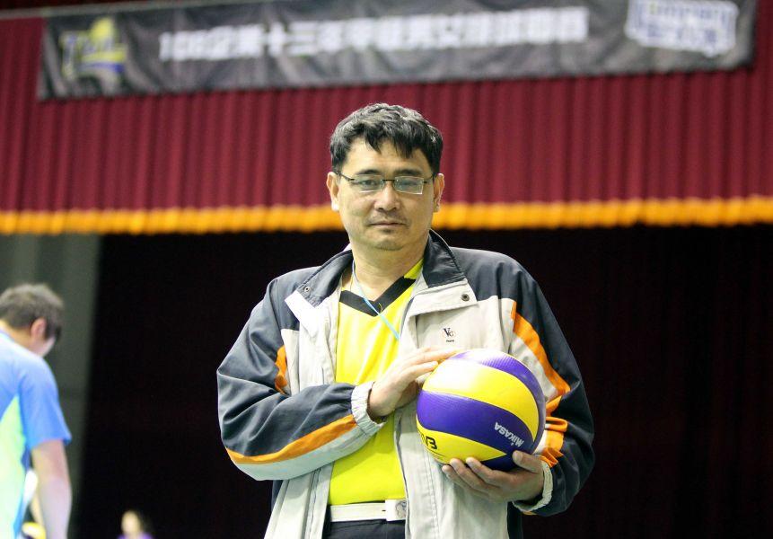 嘉市排委會總幹事黃瑞宏去年動了兩次手術。林嘉欣/攝影。