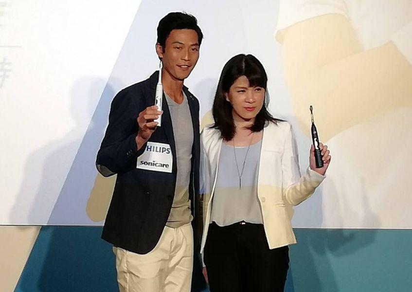 盧彥勳(左)可望在4月底復出。楊勝凱攝