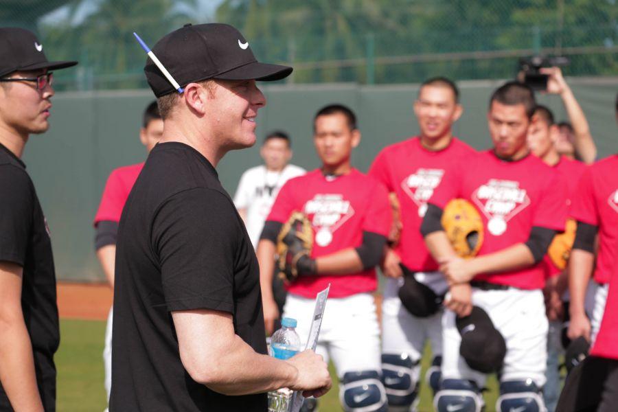 第五年來到Nike臺灣青棒菁英訓練營的總監Darren Fenster,帶領教練團及青棒選手進行四天的密集訓練。圖/主辦單位提供