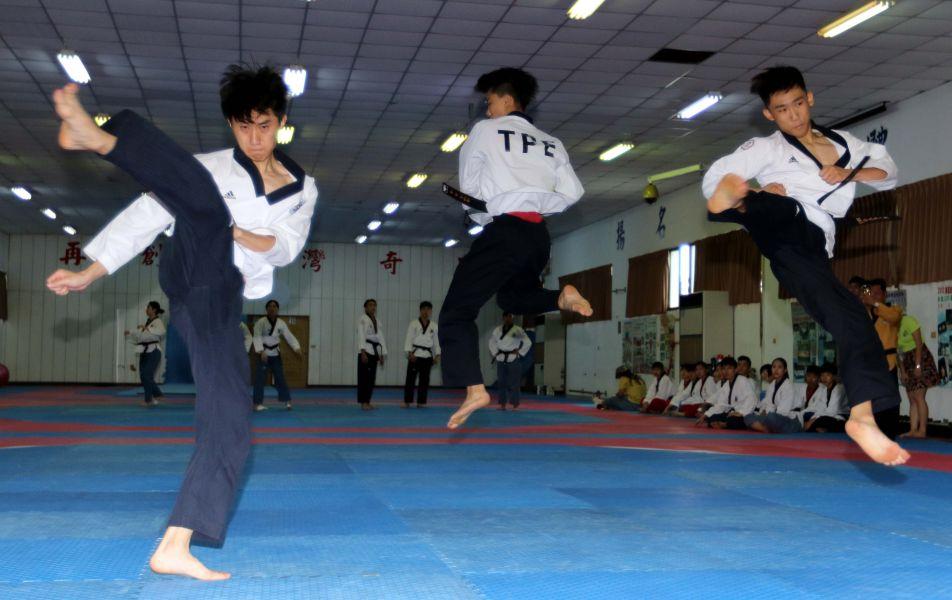 中華男子團體品勢隊實力堅強。林嘉欣/攝影。