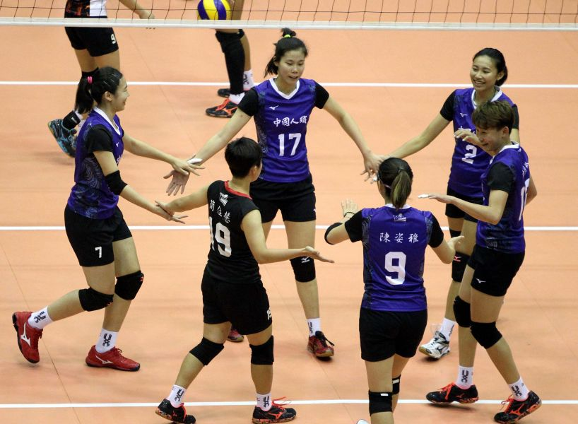 中國人纖隊確定拿下企業13年排球聯賽女子組例行賽第二名。林嘉欣/攝影。