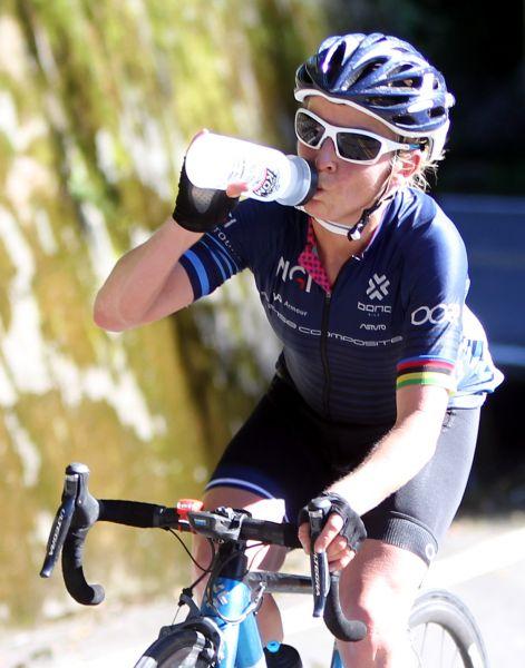 2017臺灣自行車登山王挑戰女子組冠軍艾瑪普莉 。中華民國自行車騎士協會/提供。