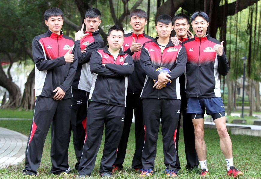 長力男排是一支很不一樣的球隊。林嘉欣/攝影。