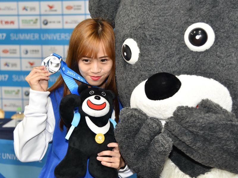 林侃諭昨在跆拳女子品勢項目,率先為中華隊奪下首面銀牌。大會提供