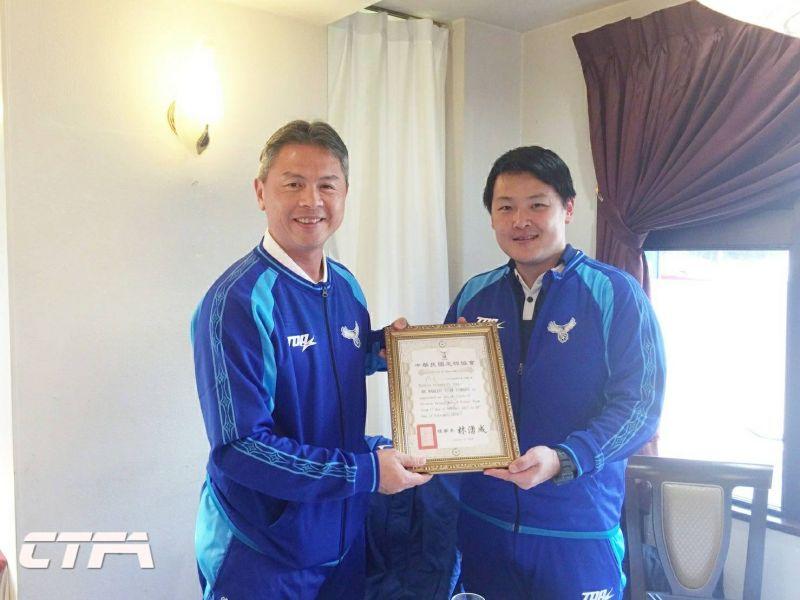男足增加一名守門員教練山田馬爾克斯。中華民國足球協會提供