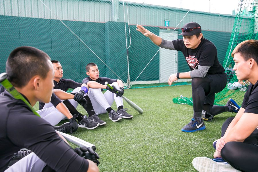 客座教練恰恰─彭政閔認為,現在的年輕選手身體素質好、爆發力強,期待年輕學員把握機會不斷學習與成長。圖/主辦單位提供