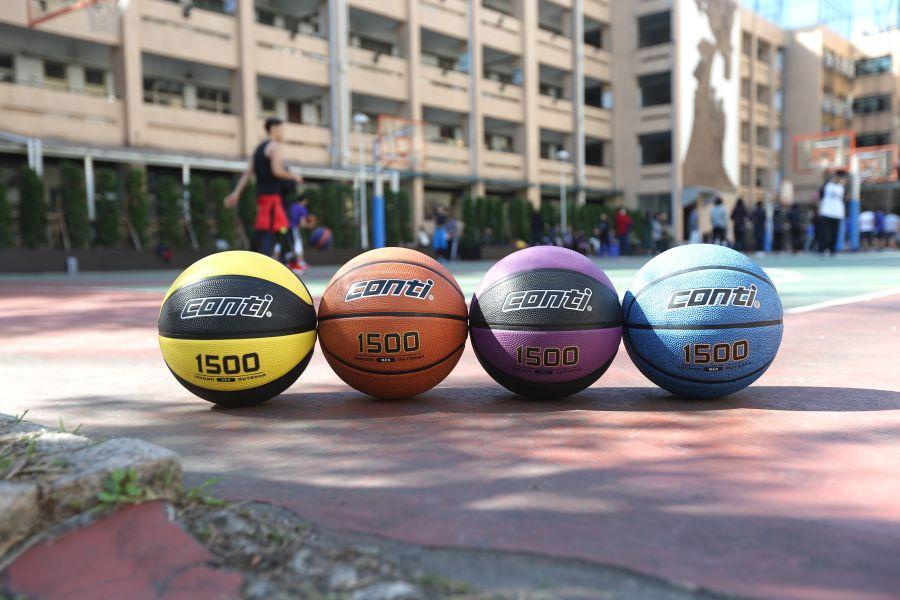Conti籃球1500系列網路上頗獲好評。楊勝凱攝