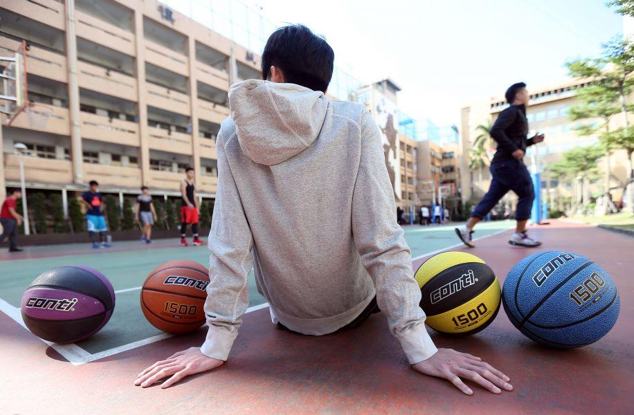 Conti籃球1500系互被網評評為至外用球的極致。楊勝凱攝
