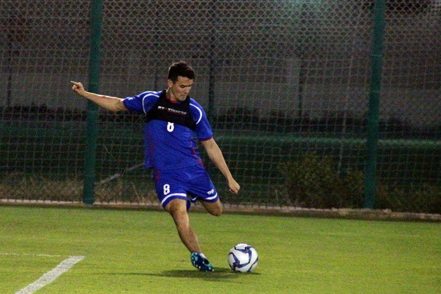 周定洋到卡達立刻投入練習。中華民國足球協會提供