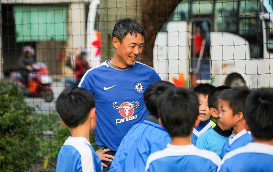 陳信安足球學校2018年擴大徵選8至18歲新球員。圖/陳信安足球學校提供