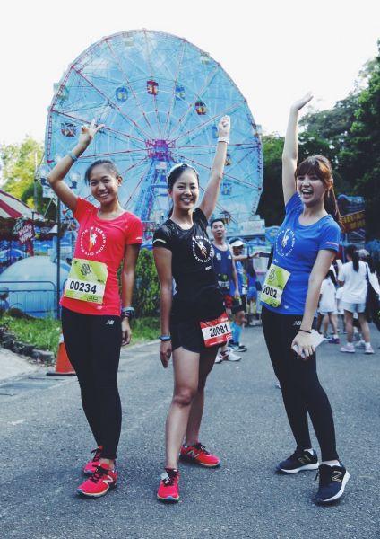 New Balance結合今年官方正式贊助國際賽事紐約馬拉松,將最後一公里特色路段設計為紐約五大區的城市風光。圖/主辦單位提供