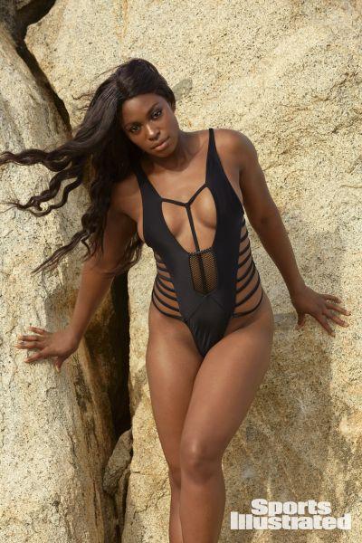 史帝芬絲也站上泳裝專輯。摘自《運動畫刊》