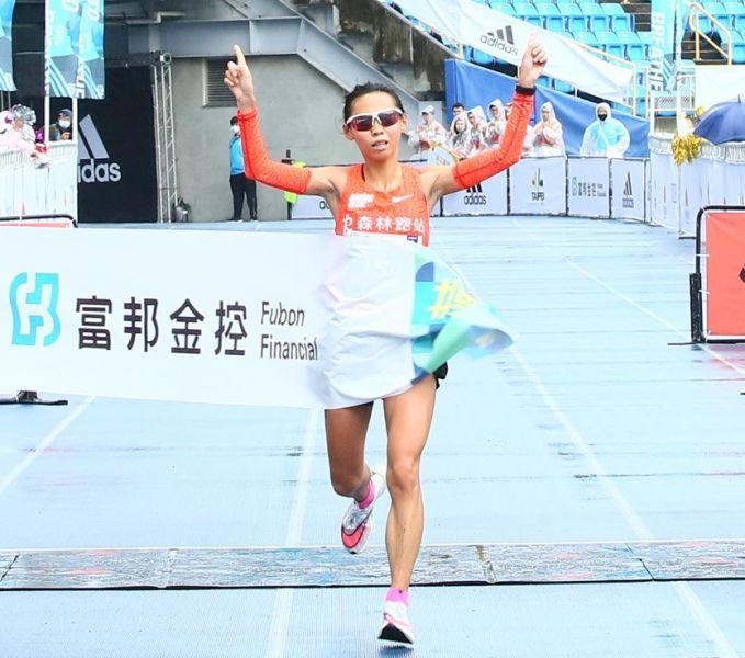「馬拉松寶貝」曹純玉破全國紀錄,惜未達冬奧標。大會提供