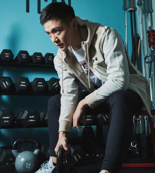 「UA Recover Fleece」系列服飾給予運動完的身體能量回饋、幫助肌肉組織快速修復。官方提供