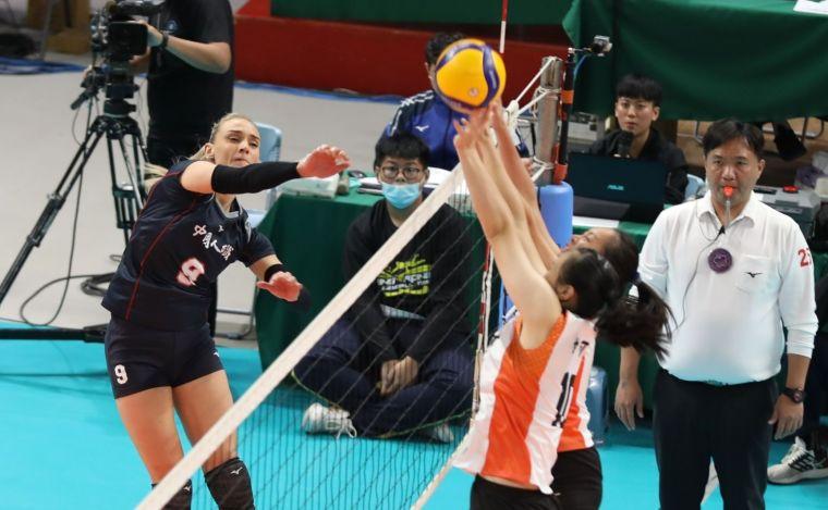中國人纖Miri攻擊。中華民國排球協會提供