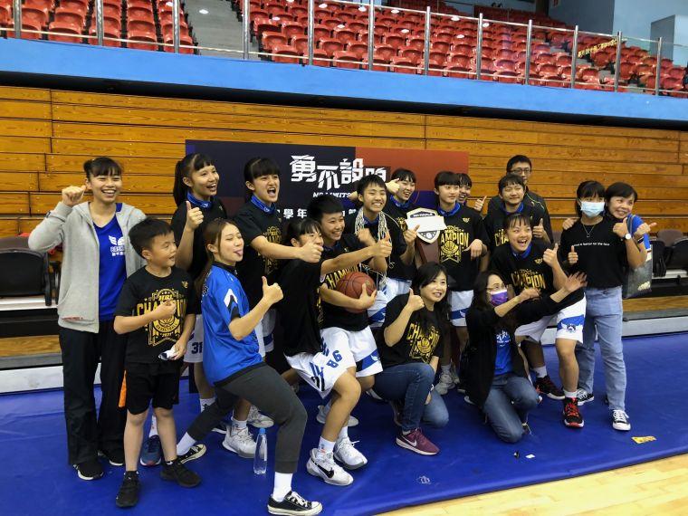 人人MVP,竹商跨季24連勝首支首晉八強就寫二連霸。大會提供
