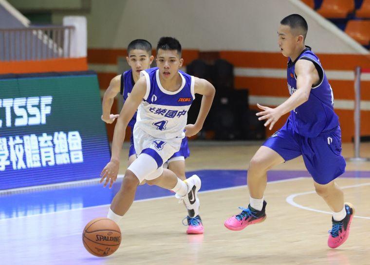 光榮後衛林佑澔7分、10籃板、5助攻。 大會提供