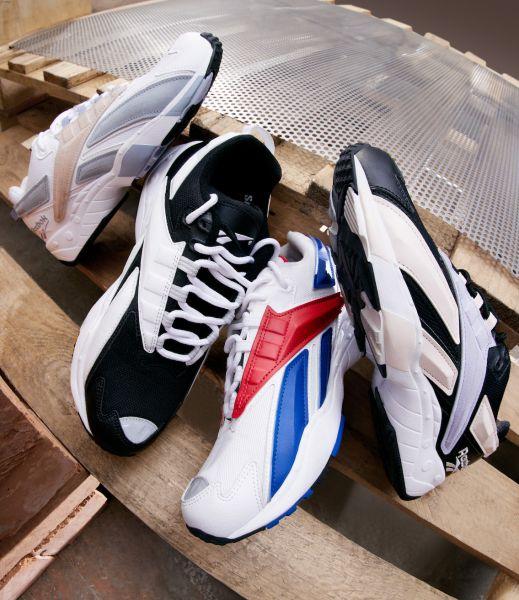 全新三種配色 今夏不可錯過的潮流鞋款。官方提供
