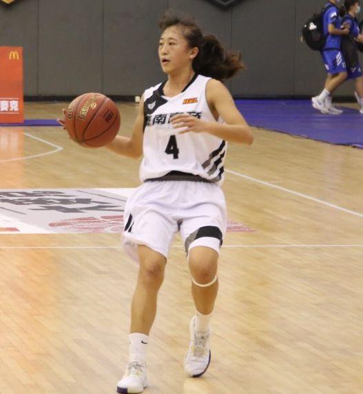 南商「一姊」主控李純妤決賽場均12分、9籃板、3.7助攻。大會提供