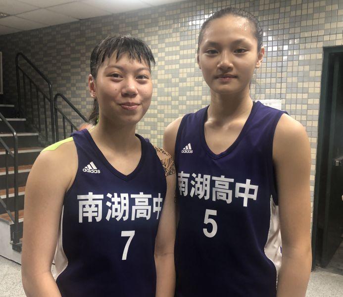 南湖「雙一姊」林紫彤(左)、李貞誼超麻吉。大會提供