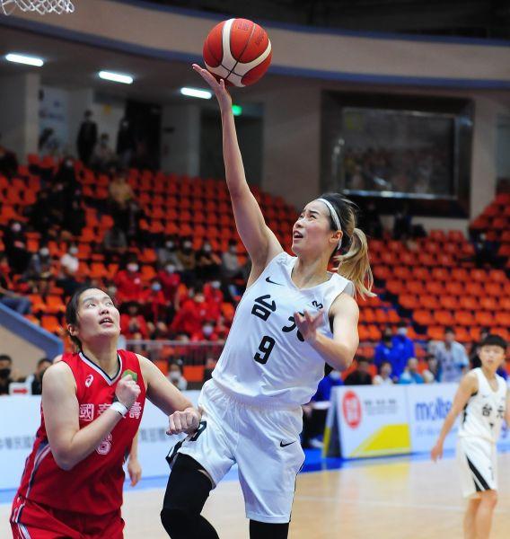 台元林文佑獲得最佳進步獎。中華民國籃協提供
