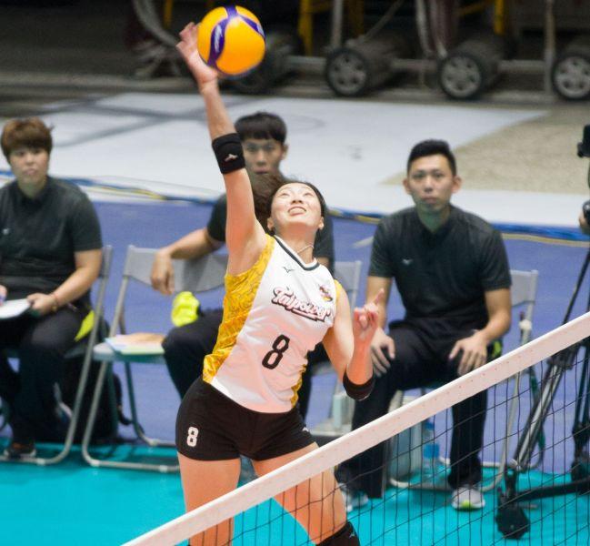 台電女排李姿瑩攻擊。中華民國排球協會提供