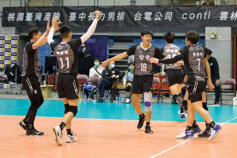 台電男排 激戰五局收下勝利。中華民國排球協會提供