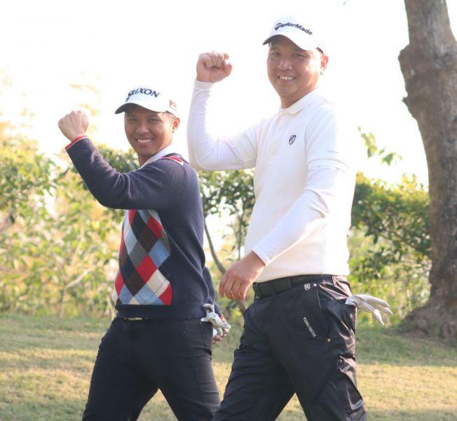 呂偉智(右)和林永龍在四人兩球拿下一勝。鍾豐榮攝影