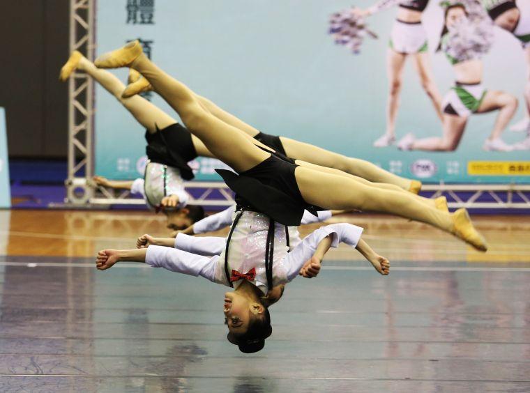 啦啦舞國中大團體甲組第一名北安國中。名衍行銷提供