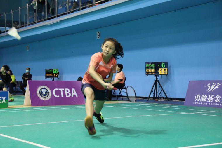 五年級女單冠軍長春國小蔡毓晴。大會提供