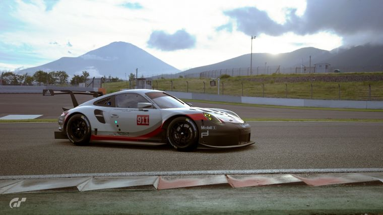保時捷911RSR於Gran Turismo Sport遊戲畫面。官方提供