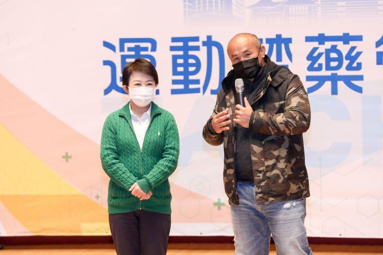 在中華職棒創下許多紀錄的-森林王子-市政顧問張泰山出席分享自己的經驗。台中市運動局提供