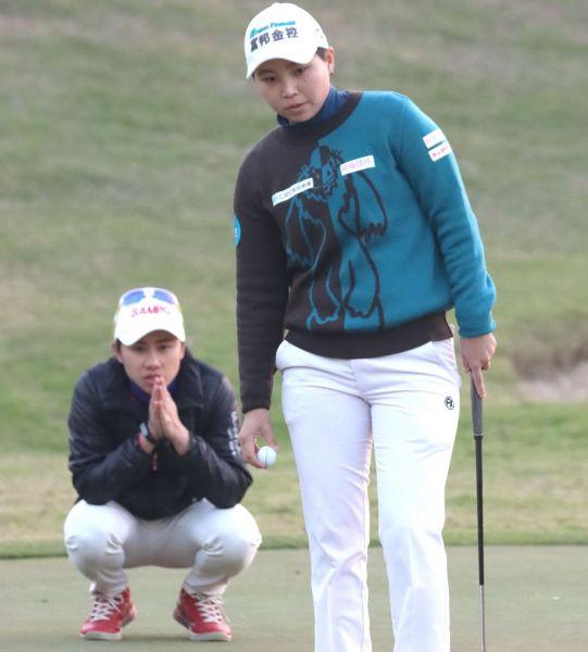 張瑄屏(右)和陳宇茹一日兩勝。鍾豐榮攝