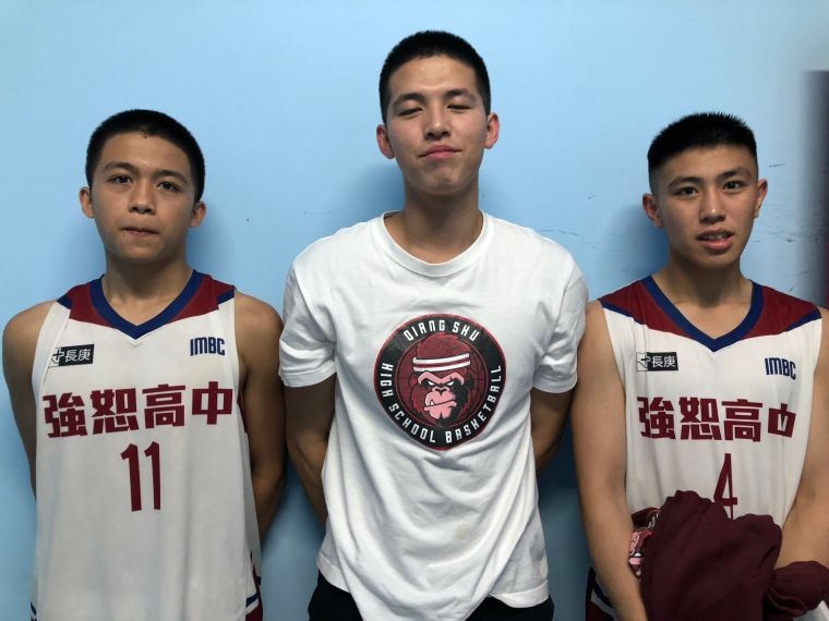 強恕未來「新一哥」陳彥景(中)與雙衛葉利米(左)、黃光鼎。大會提供