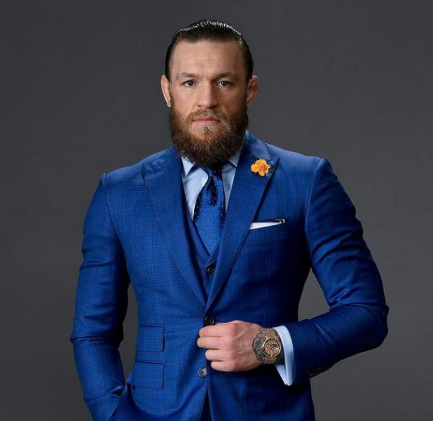 「嘴砲王」麥克格雷戈(Conor McGregor)土這張照來慶祝自己登上全球收入最多運動員。摘自麥克格雷戈IG