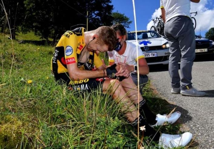 馬丁生涯也多次受到車禍受傷。摘 自馬丁IG