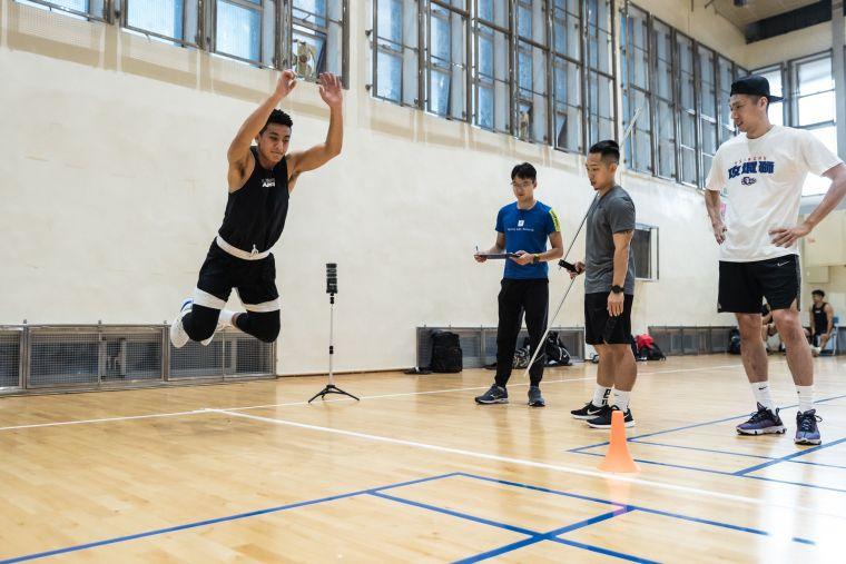 新竹攻城獅導入專業科學化訓練 盼能提升體能訓練成效。官方提供