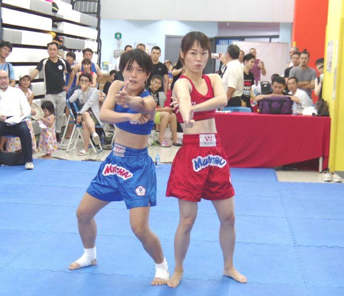 泰健操是2人組合的有氧體適能比賽。大會提供