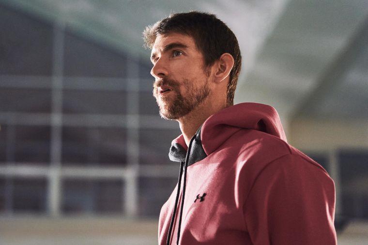 泳壇傳奇「飛魚」 麥可.菲爾普斯(Michael Phelps)會透過閉上眼睛想像比賽時所有會面臨到的困難並一一突破,正式上場時就能保持信心及專注。官方提供