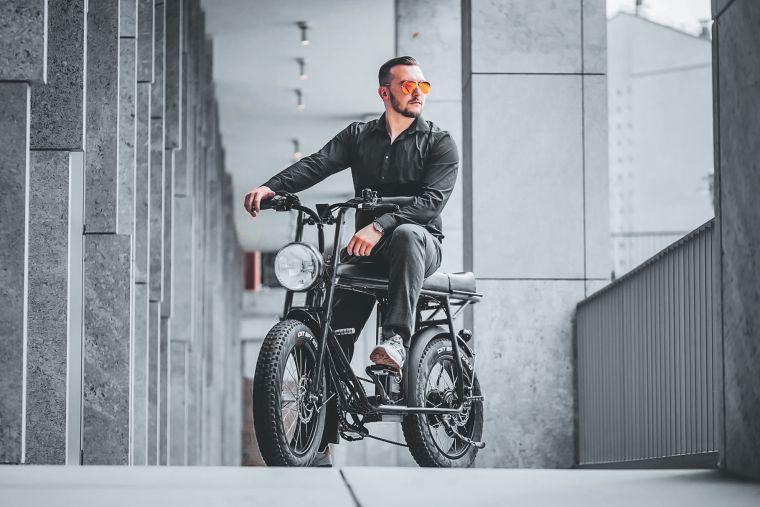 準備好來一場城市冒險了嗎?這是一台號稱有史以來用途最廣泛的電動輔助自行車UNIMoke。官方提供