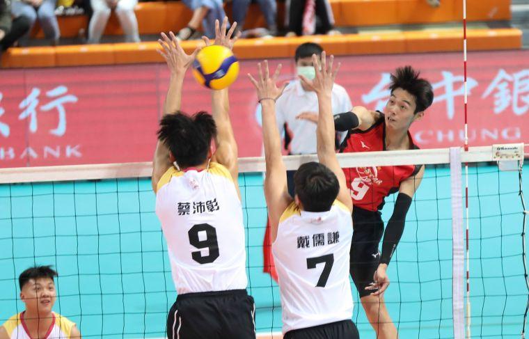 男子明星紅隊 人氣王高偉誠。中華民國排球協會提供
